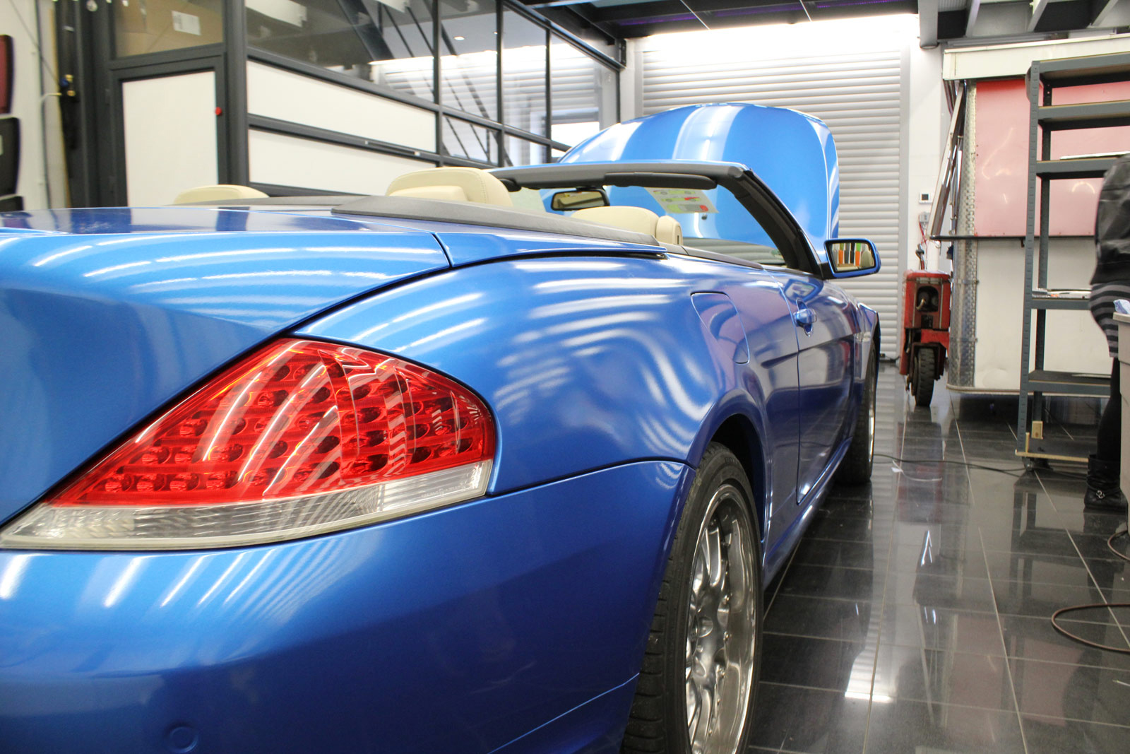 BMW_6er_Cabrio_Folierung_Bright_Blue_Metallic_25