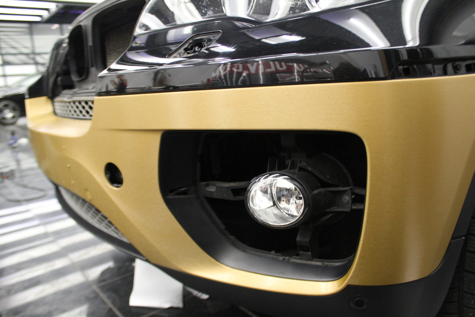 BMW_X6_VERKLEBUNG_BRUSHED_GOLD_15