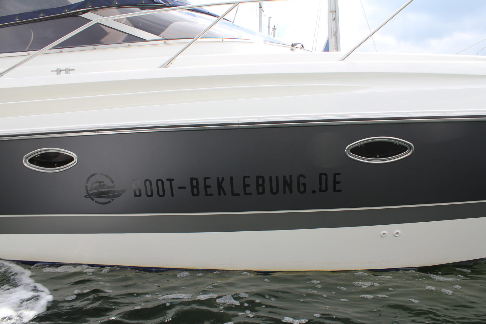 BOOT_BEKLEBUNG_SUNSEEKER_ANTHRAZIT_MATT_METALLIC_02