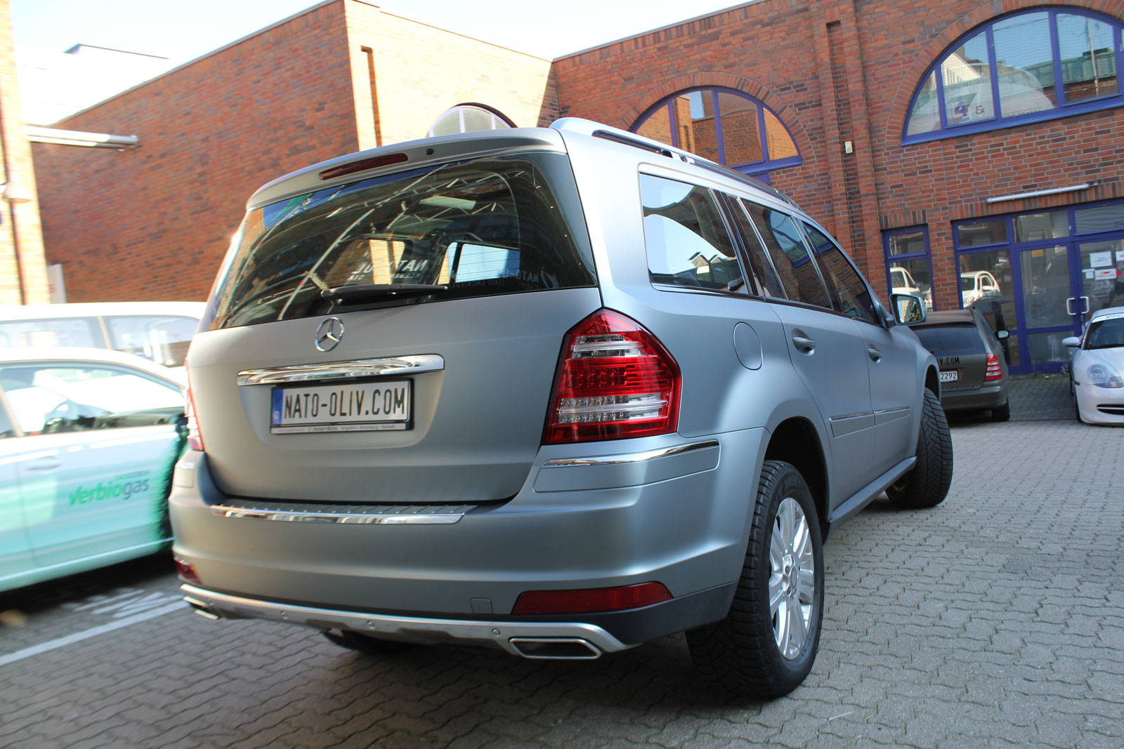MERCEDES_GL_HX_FOLIERUNG_FROZEN_GREY_04