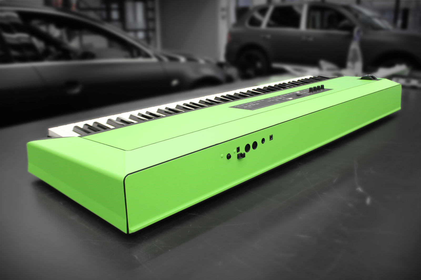 Dieses Keyboard ist mit grüner Folie beklebt worden.