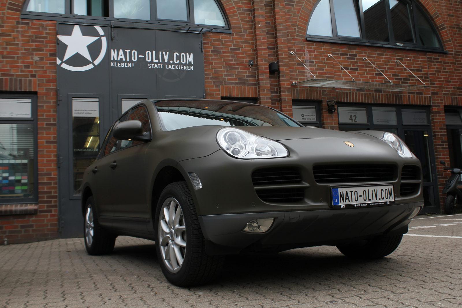 Porsche_Cayenne_Folierung_Nato-Oliv_Matt_10