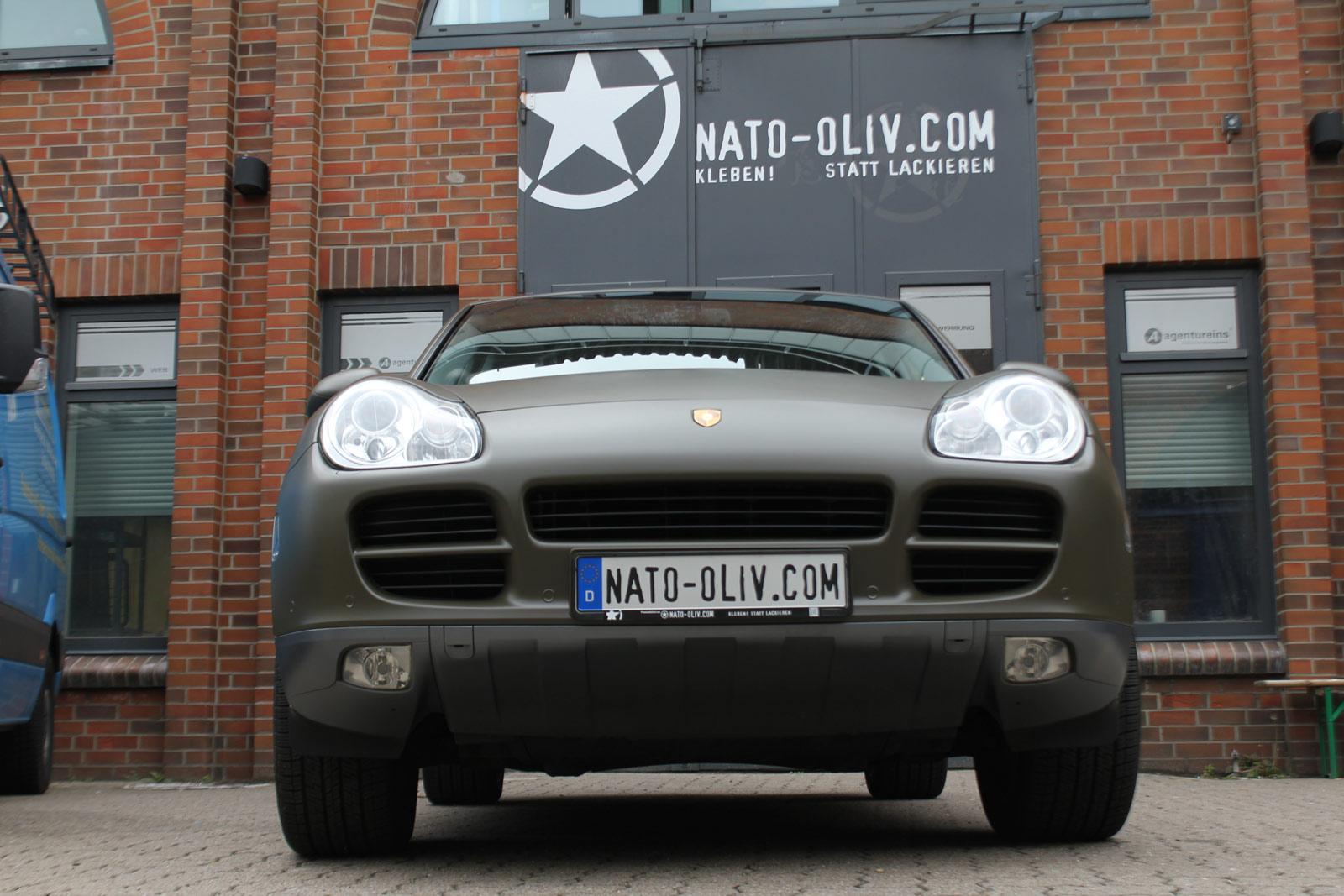 Porsche_Cayenne_Folierung_Nato-Oliv_Matt_13
