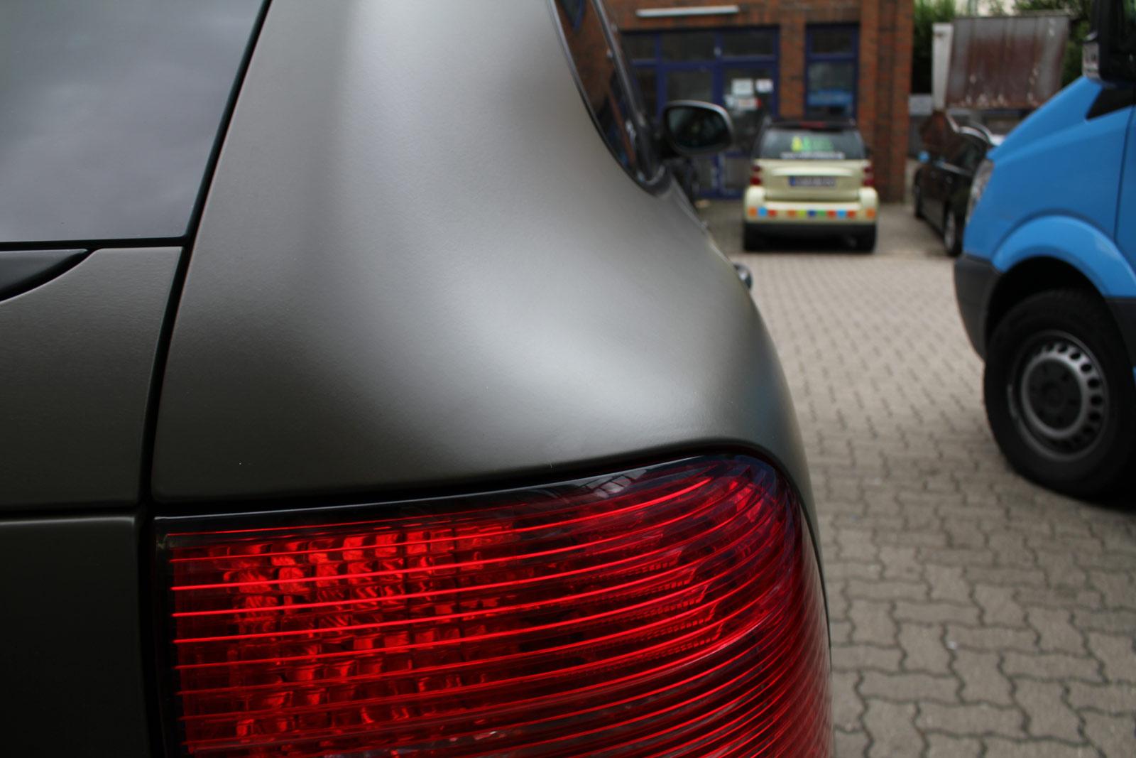 Porsche_Cayenne_Folierung_Nato-Oliv_Matt_21
