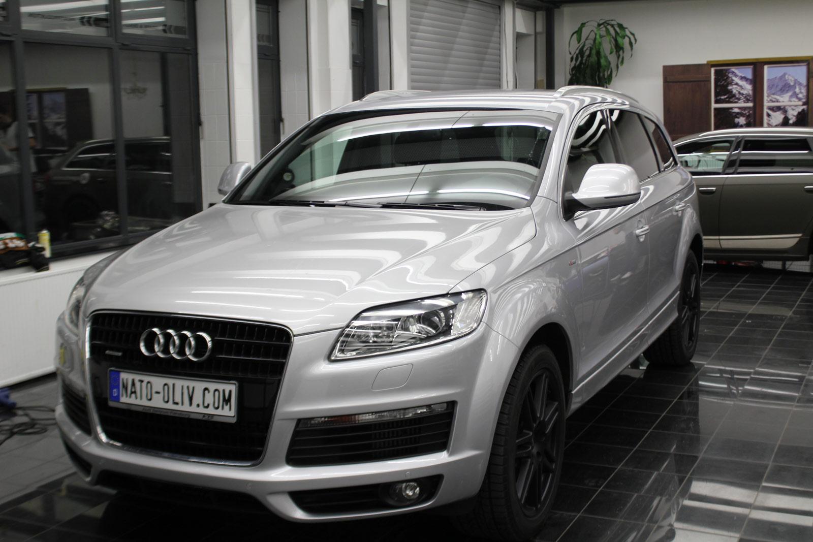 Audi_Q7_Folierung_Schwarz_Matt_01