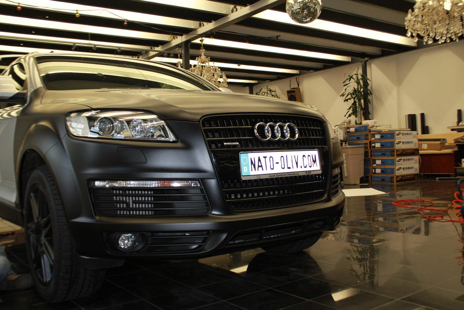 Audi_Q7_Folierung_Schwarz_Matt_10