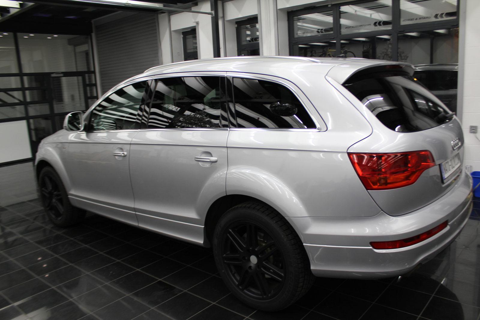 Audi_Q7_Folierung_Schwarz_Matt_12