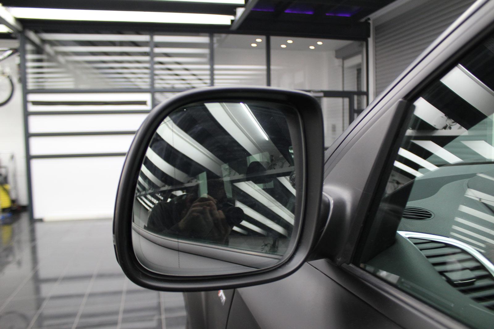 Audi_Q7_Folierung_Schwarz_Matt_13