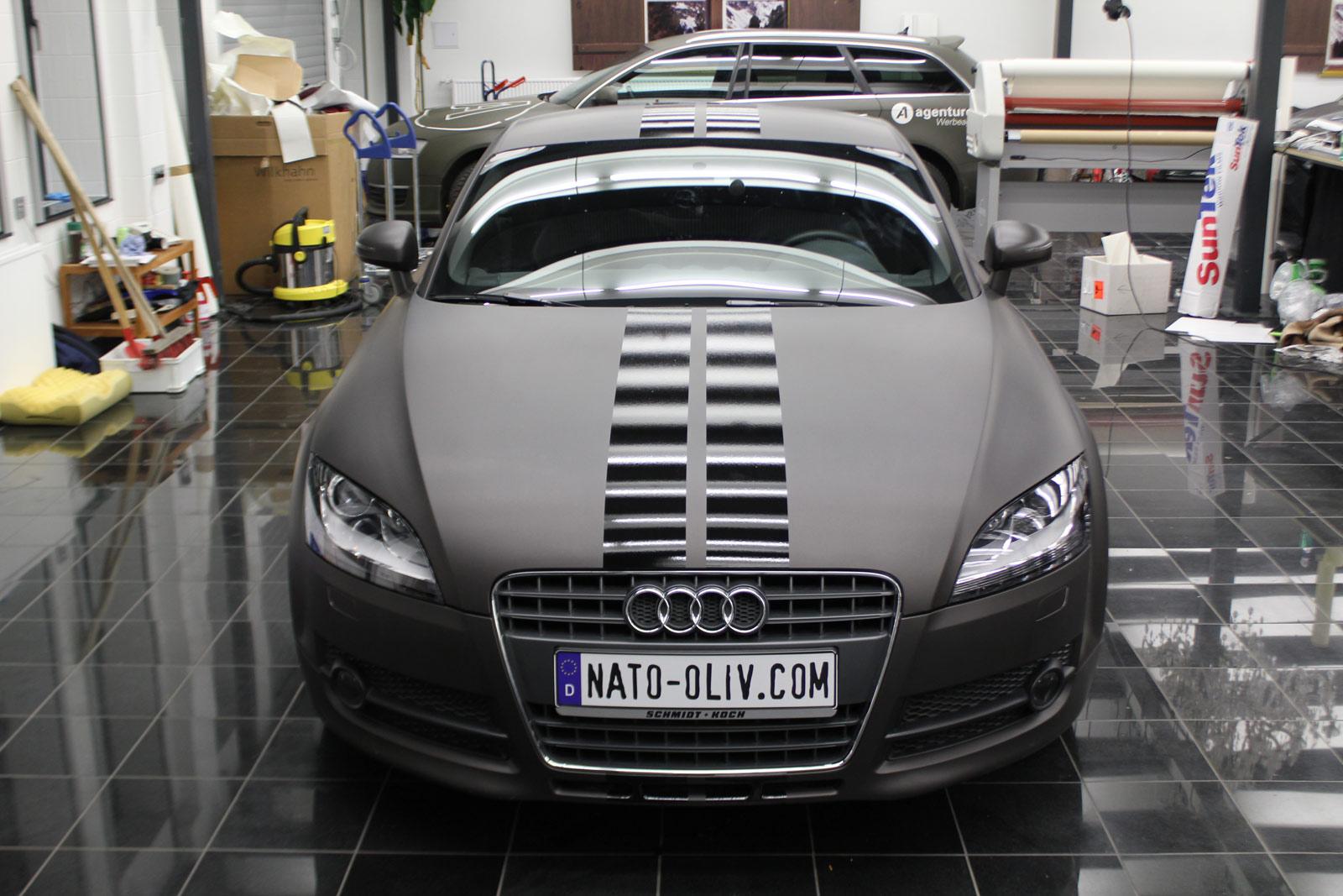 Audi_TT_Braun_Matt_Metallic_Branding_01