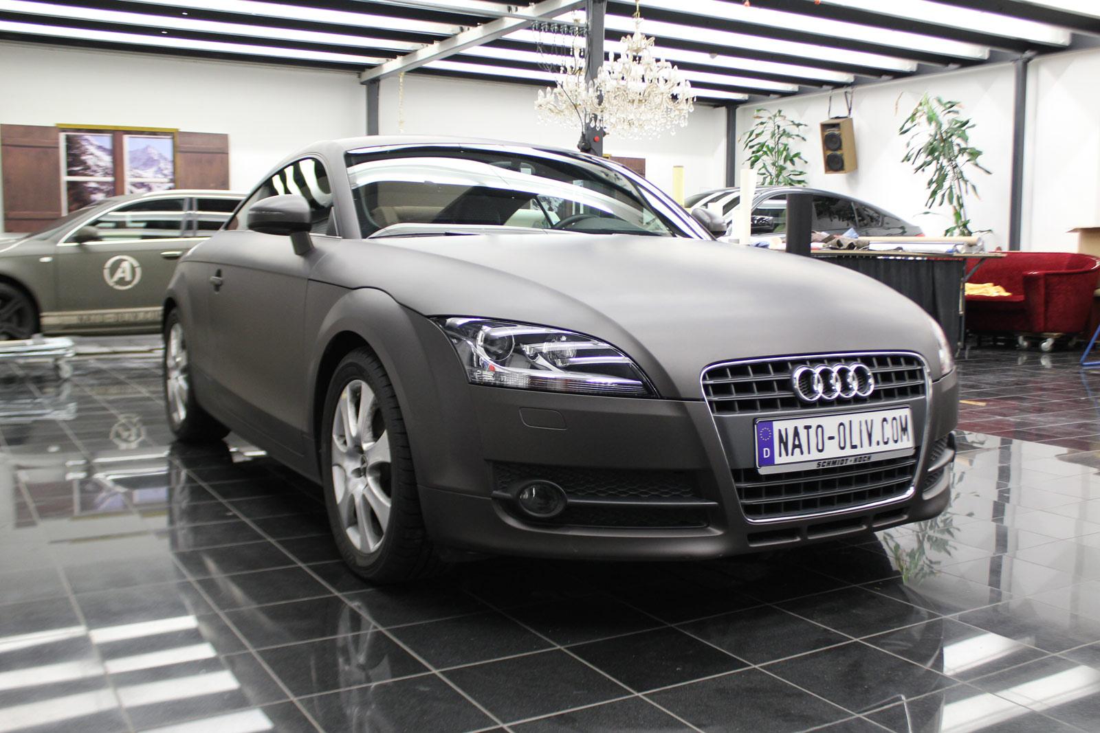 Audi_TT_Braun_Matt_Metallic_Branding_03