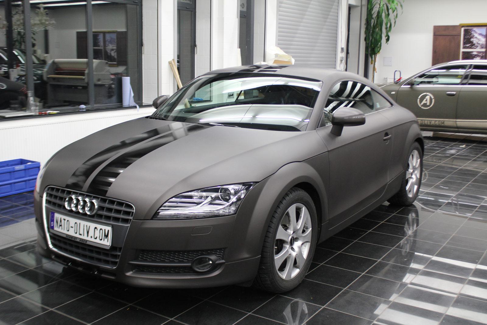 Audi_TT_Braun_Matt_Metallic_Branding_07