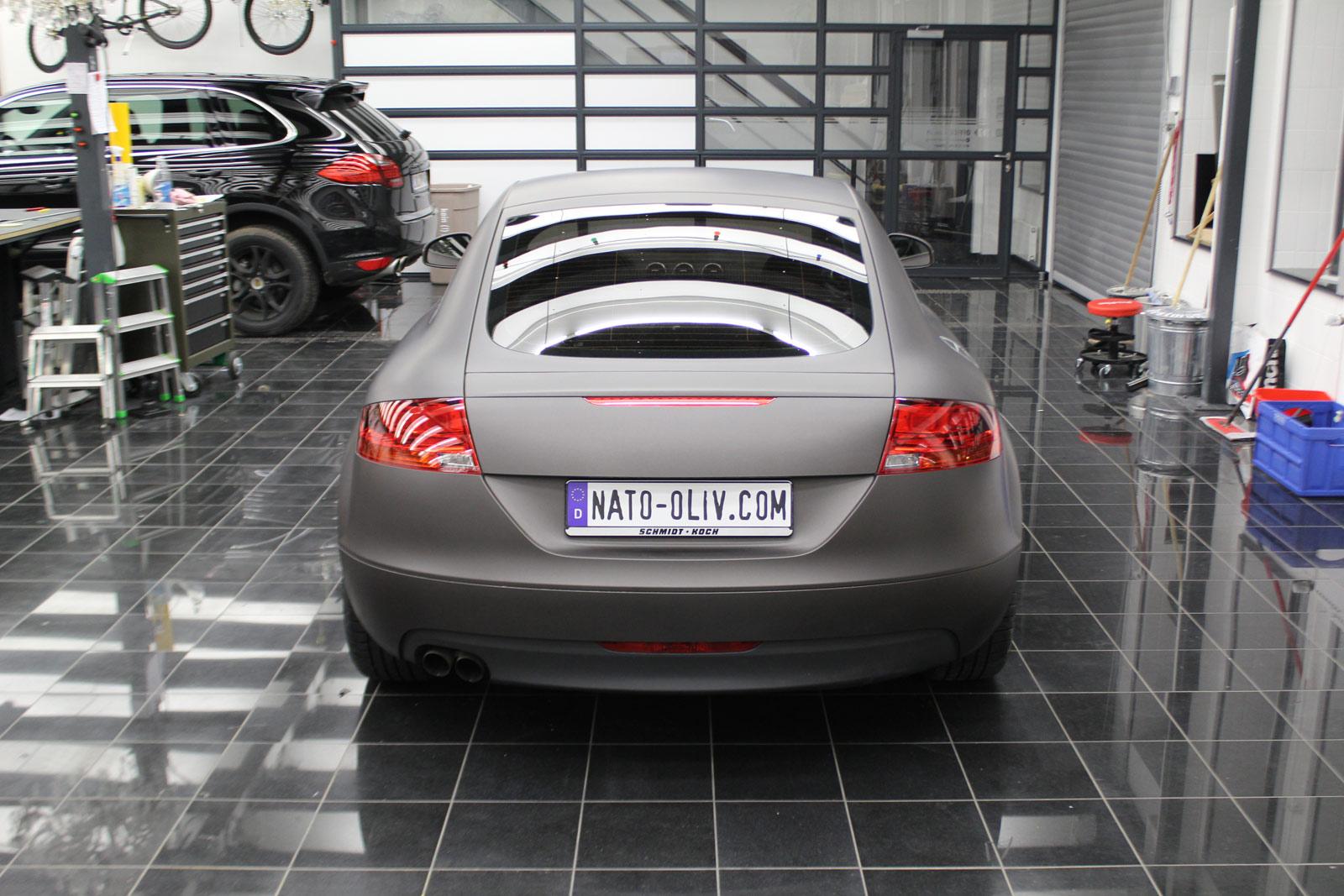 Audi_TT_Braun_Matt_Metallic_Branding_15