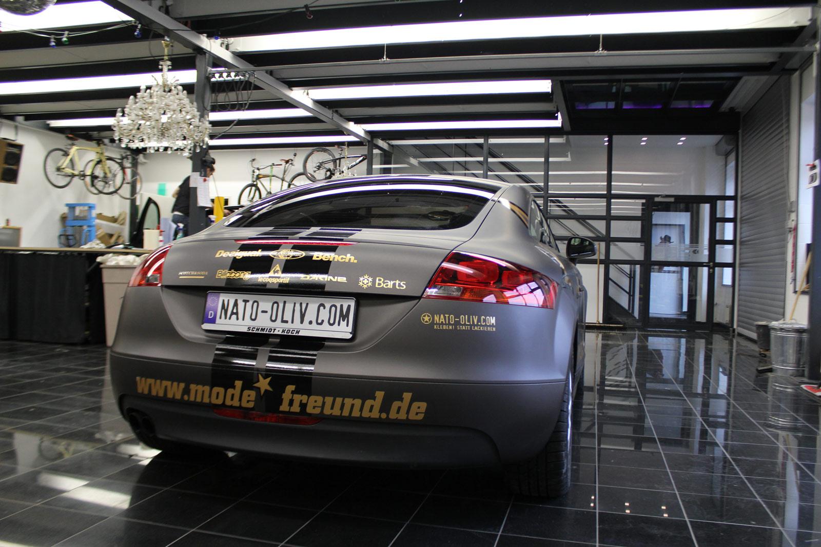 Audi_TT_Braun_Matt_Metallic_Branding_17