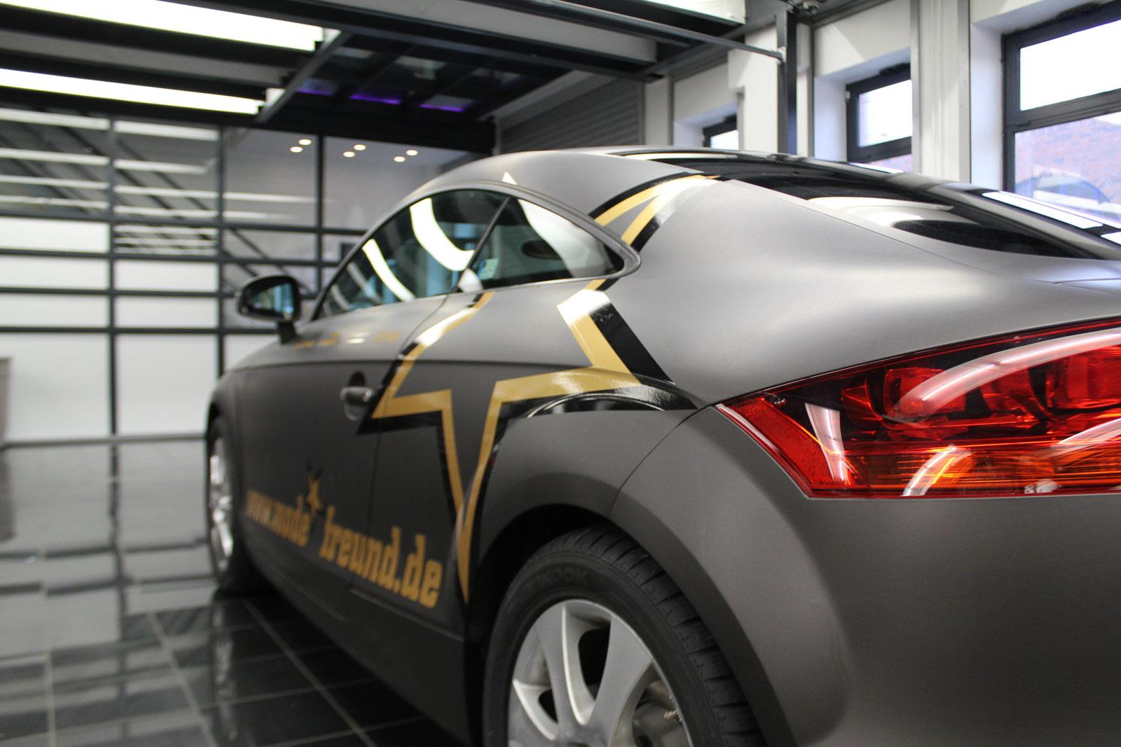 Audi_TT_Braun_Matt_Metallic_Branding_18