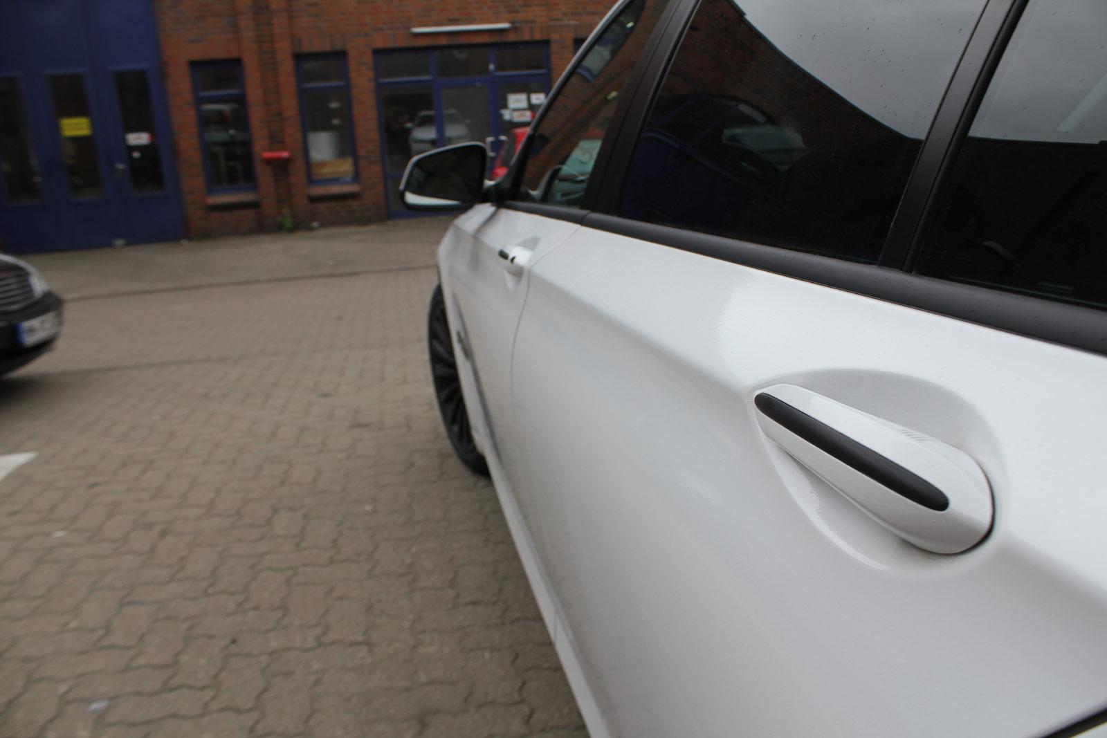 BMW_7er_WEISS_GLANZ_FELGEN_FOLIERUNG_SCHWARZ_MATT_25