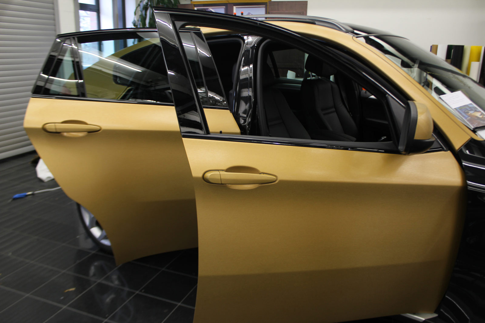 BMW_X6_VERKLEBUNG_BRUSHED_GOLD_52