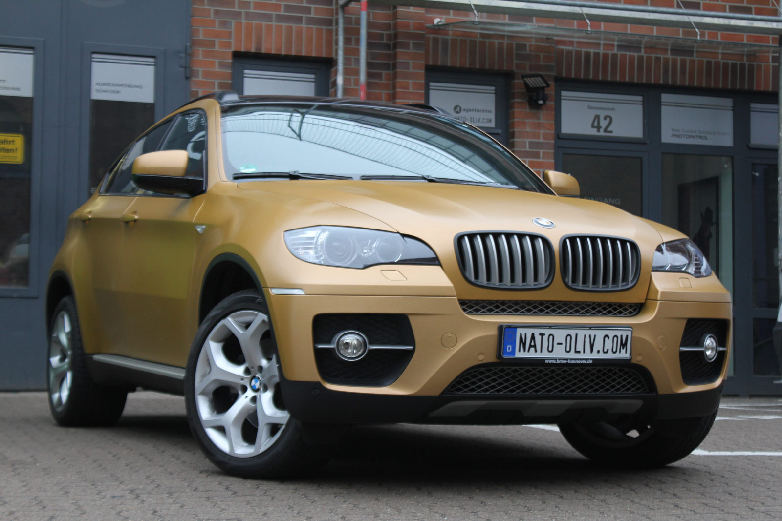 BMW_X6_VERKLEBUNG_BRUSHED_GOLD_56