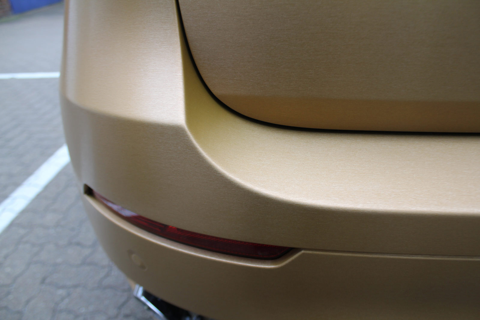 BMW_X6_VERKLEBUNG_BRUSHED_GOLD_70