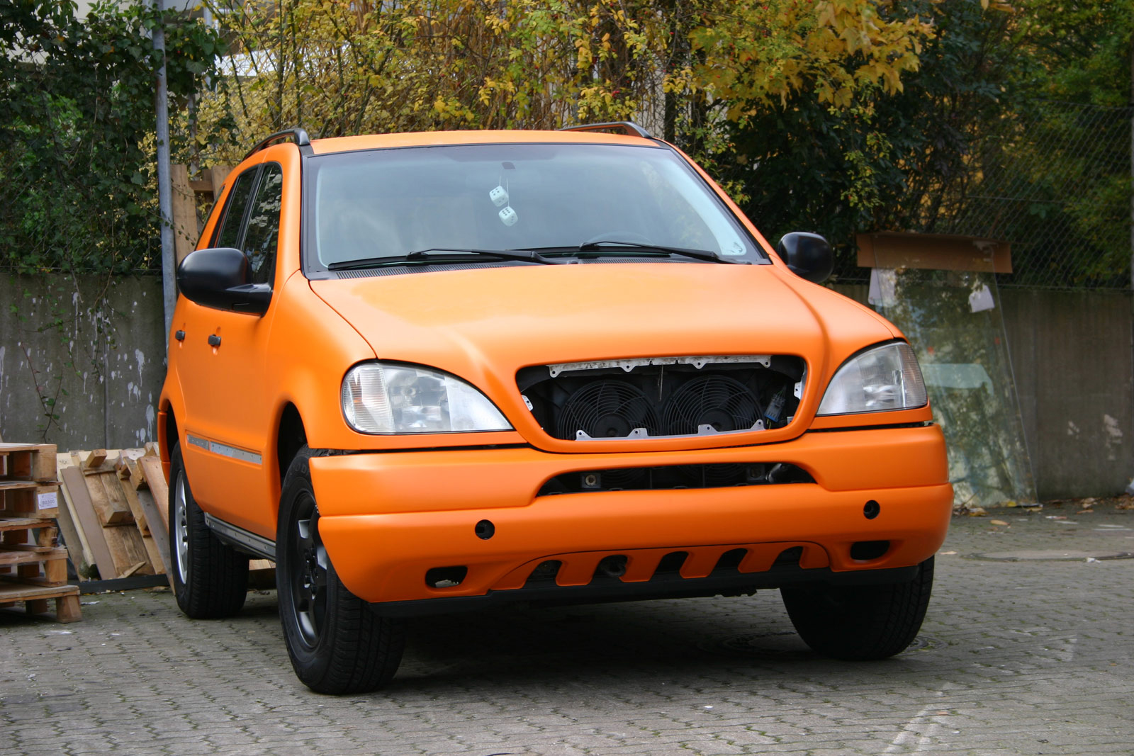 MERCEDES_ML_FOLIERUNG_ORANGE_MATT_12
