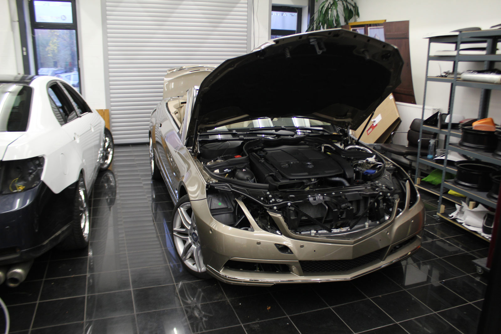 Mercedes_E-Klasse_Cabrio_Folierung_Stannitgrau_Metallic_Glanz_01