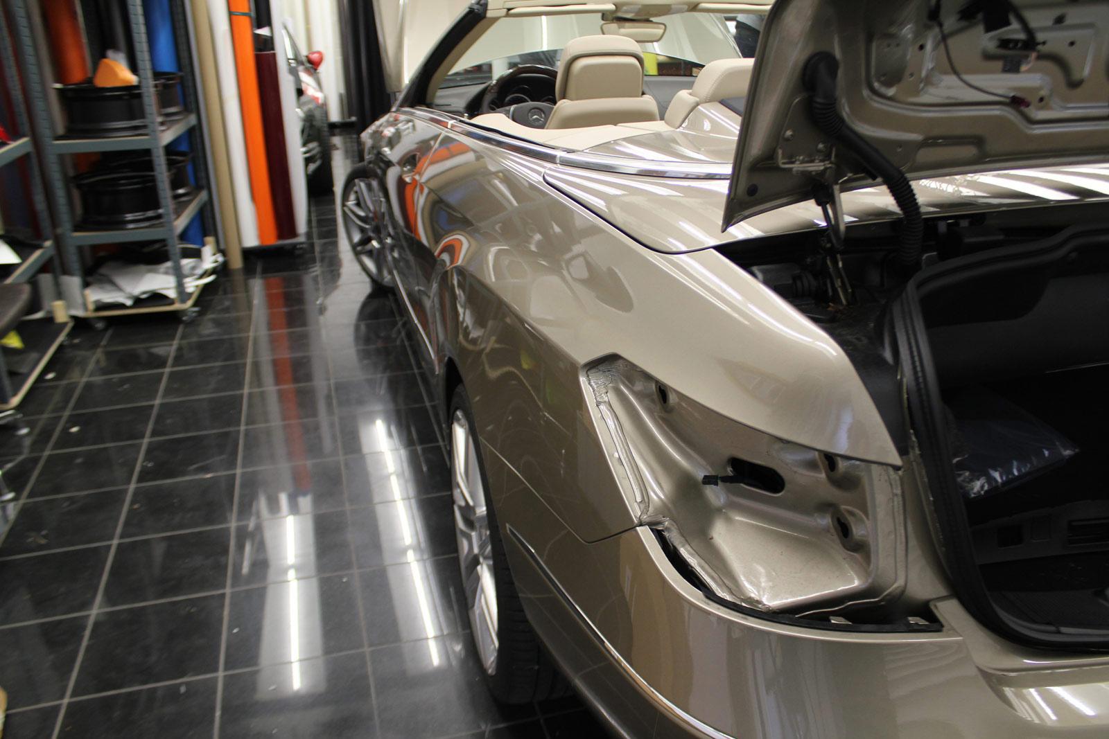 Mercedes_E-Klasse_Cabrio_Folierung_Stannitgrau_Metallic_Glanz_03