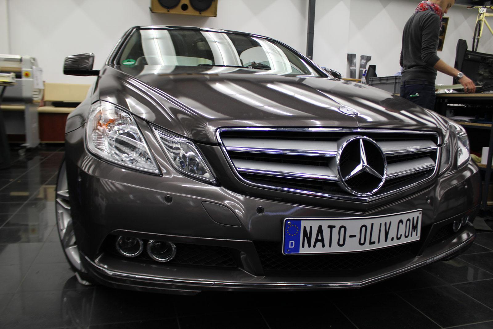 Mercedes_E-Klasse_Cabrio_Folierung_Stannitgrau_Metallic_Glanz_11