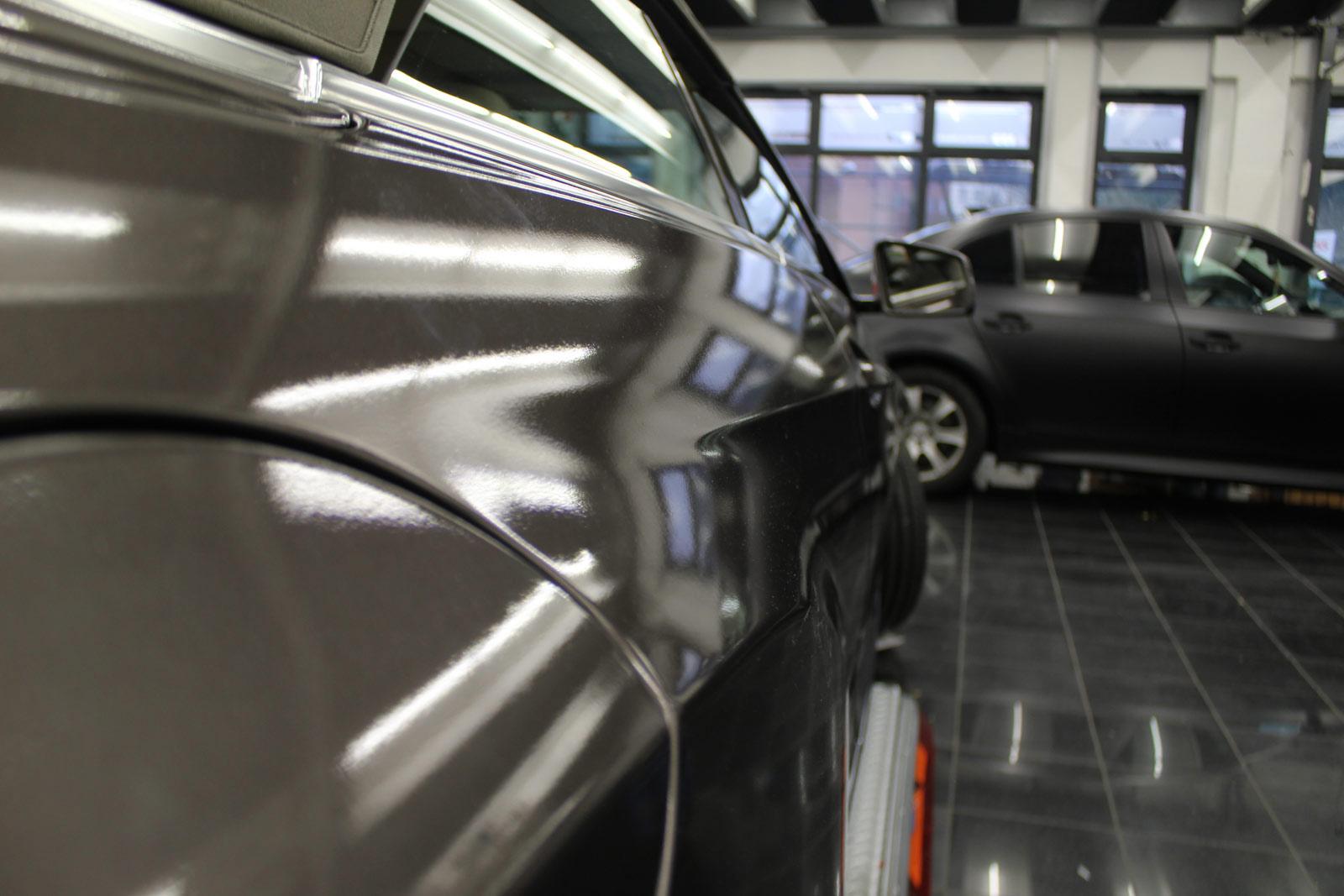 Mercedes_E-Klasse_Cabrio_Folierung_Stannitgrau_Metallic_Glanz_21