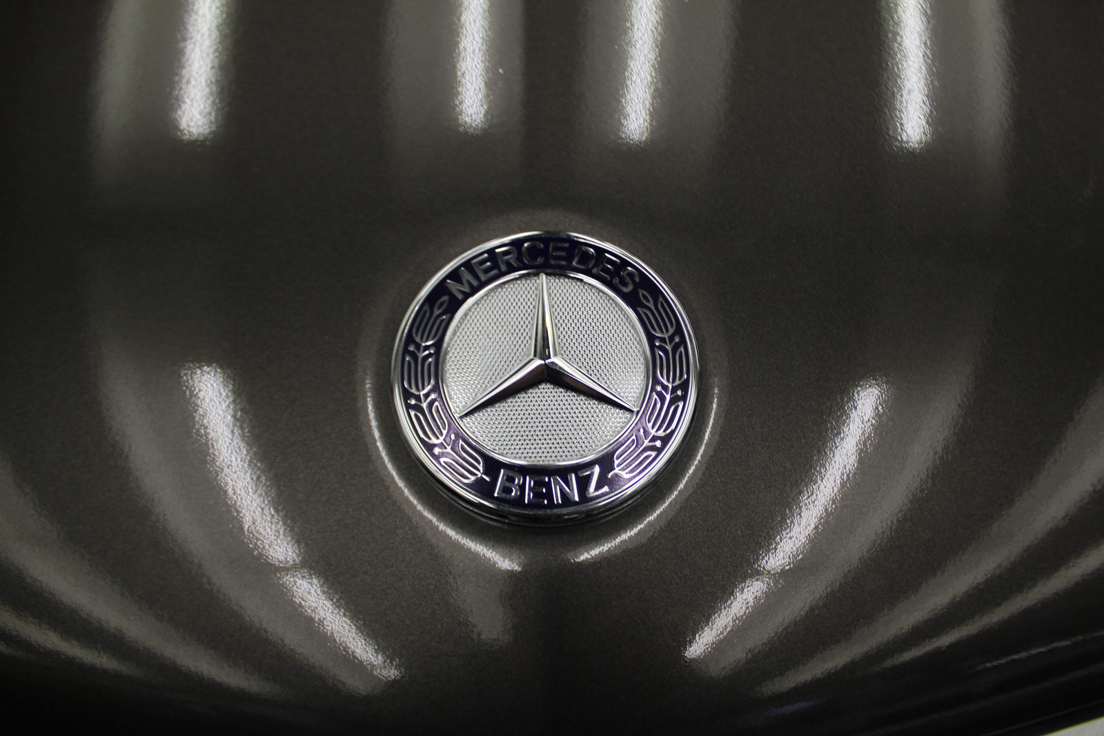 Mercedes_E-Klasse_Cabrio_Folierung_Stannitgrau_Metallic_Glanz_27