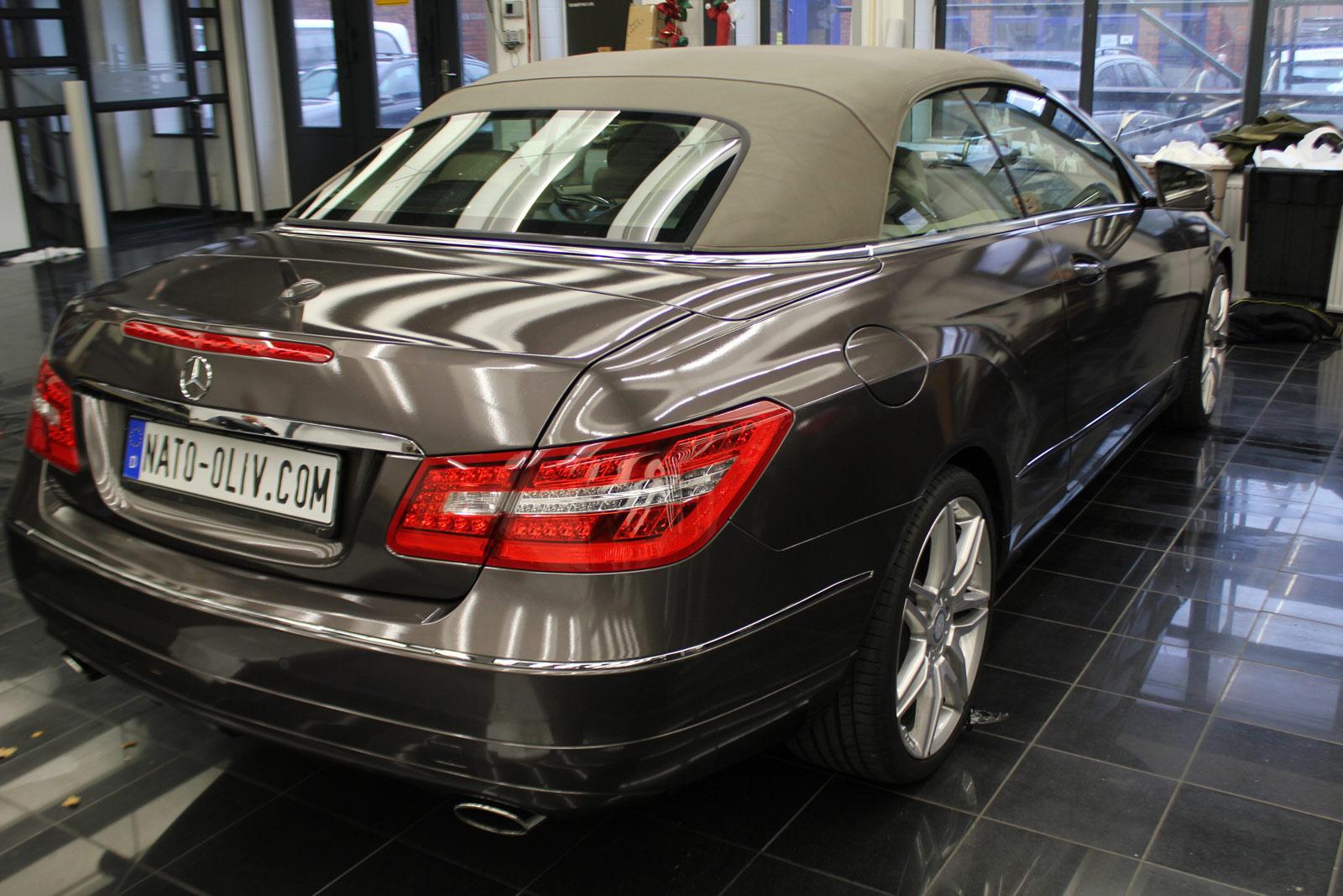 Mercedes_E-Klasse_Cabrio_Folierung_Stannitgrau_Metallic_Glanz_34