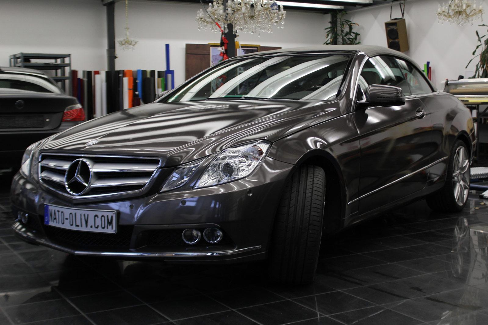 Mercedes_E-Klasse_Cabrio_Folierung_Stannitgrau_Metallic_Glanz_47
