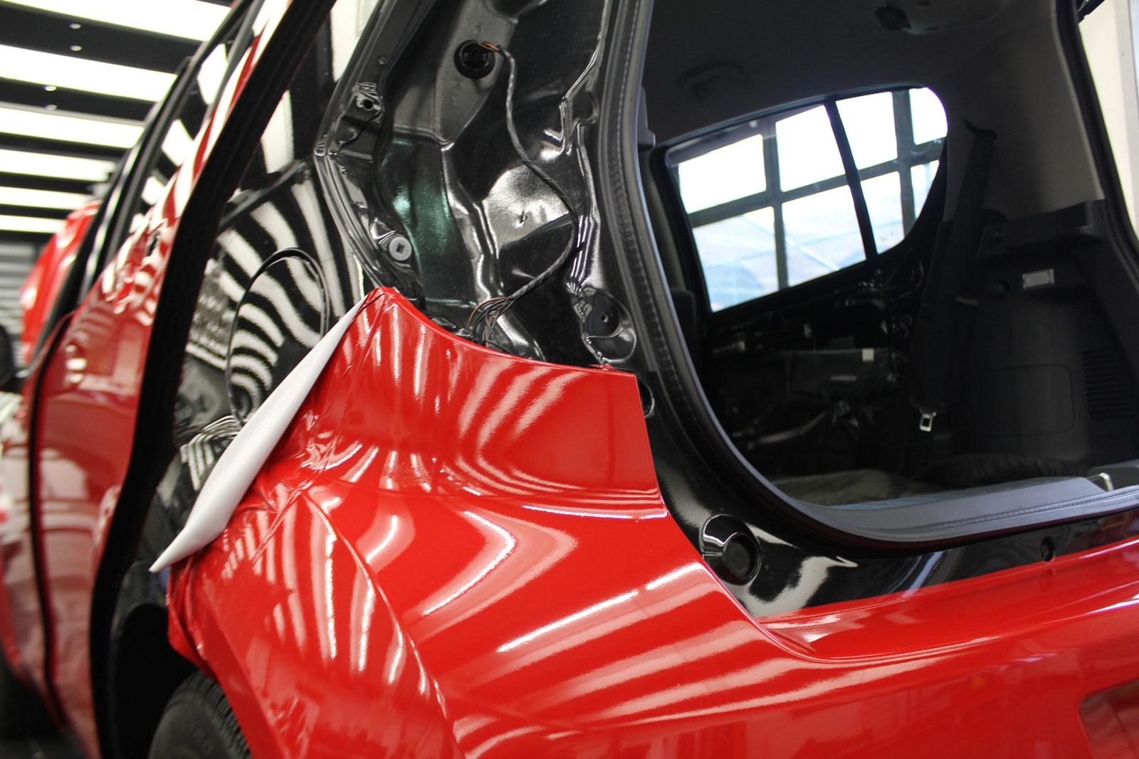 Opel_Agila_Folierung_Rot_Glanz_12