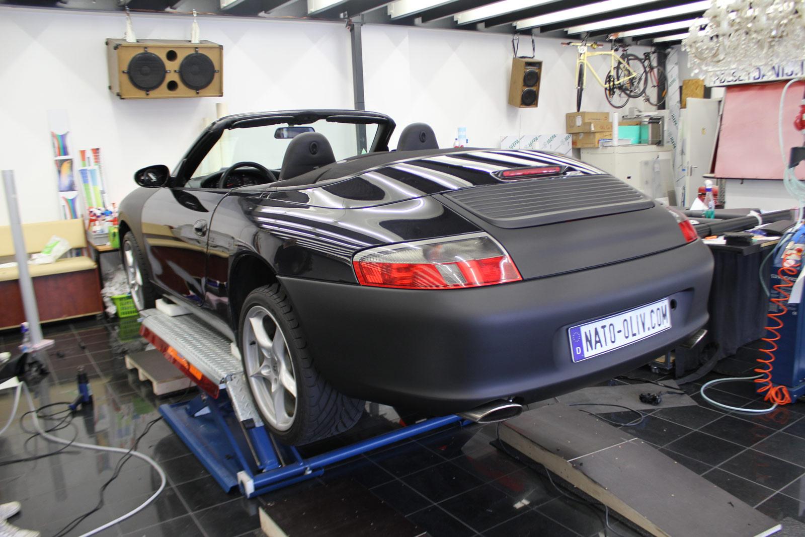 Porsche_Cabrio_Folierung_Schwarz_Ultramatt_01