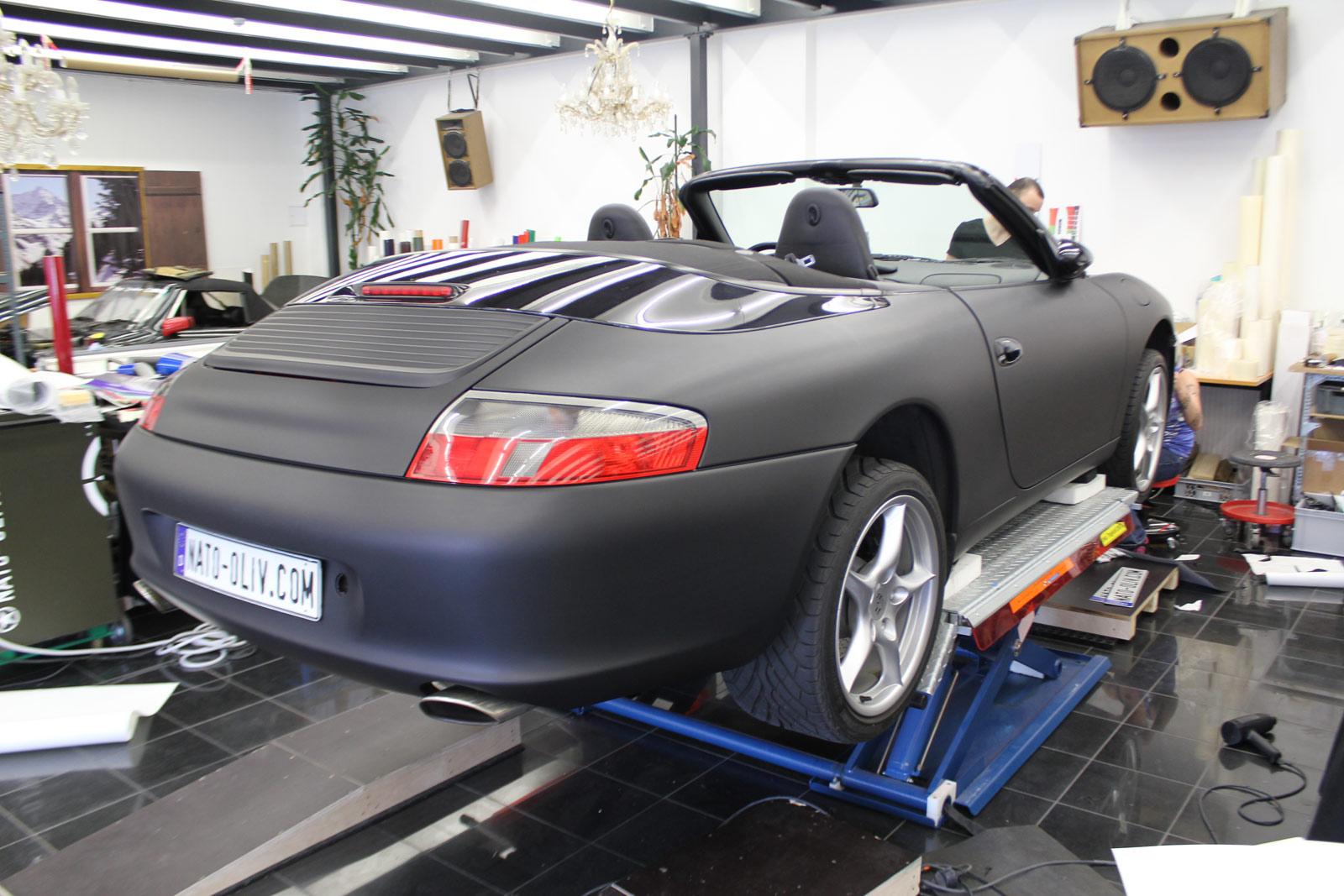 Porsche_Cabrio_Folierung_Schwarz_Ultramatt_02