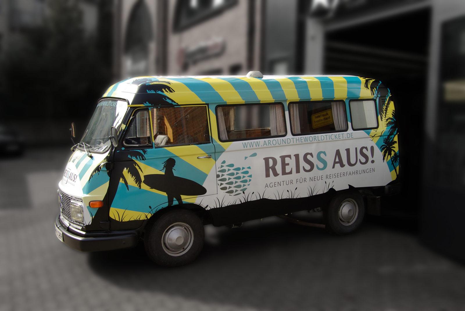 Hanomag Reiss Aus Design im Digitaldruck.