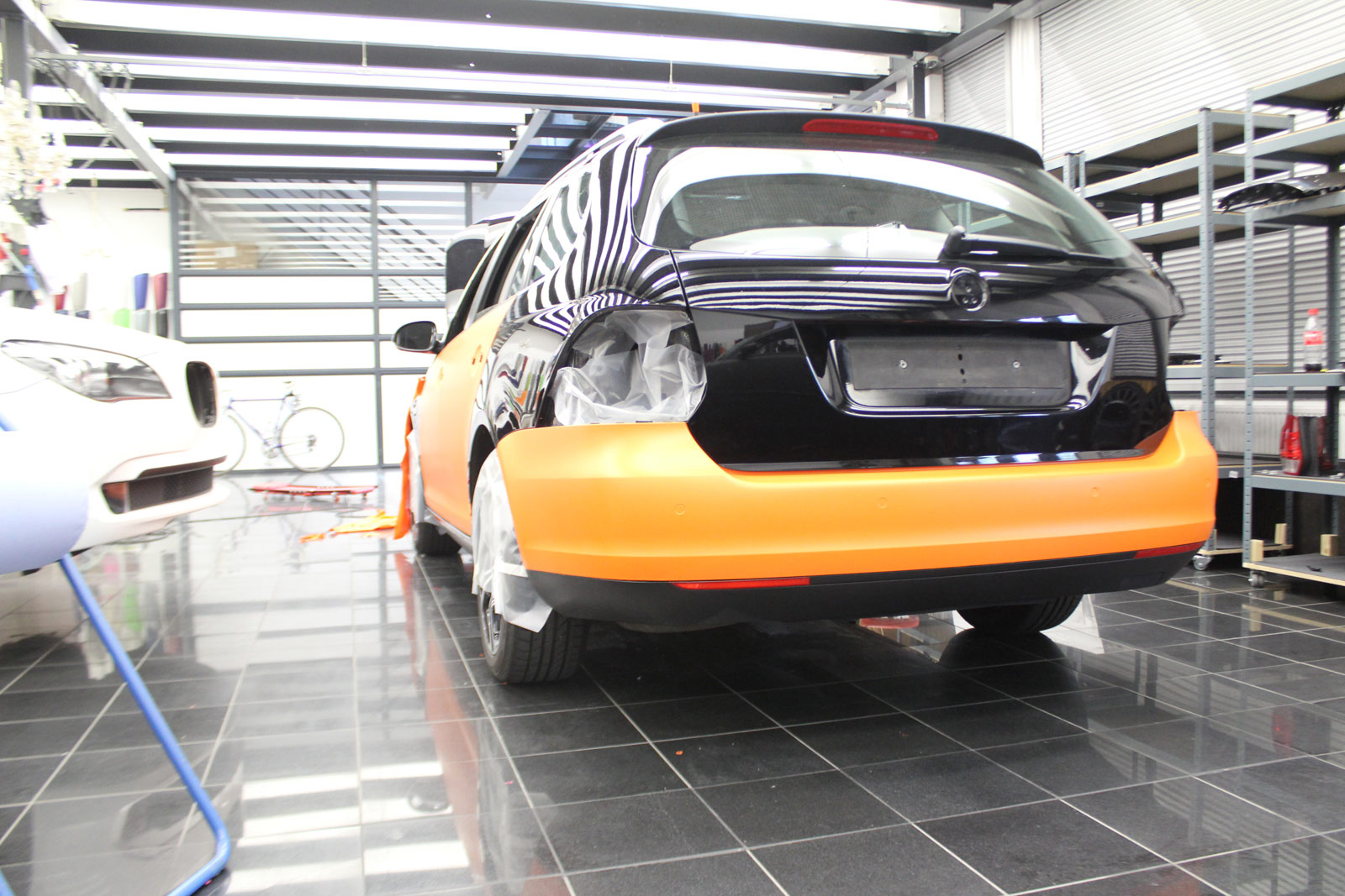 VW_Golf5_Variant_Folierung_Orange_Matt_03