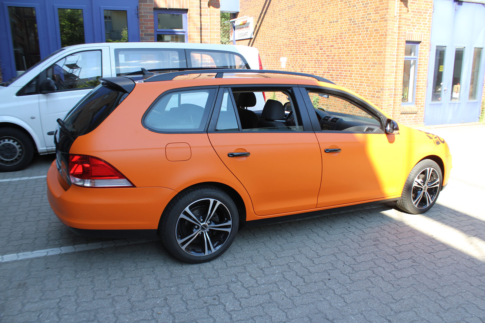 VW_Golf5_Variant_Folierung_Orange_Matt_07