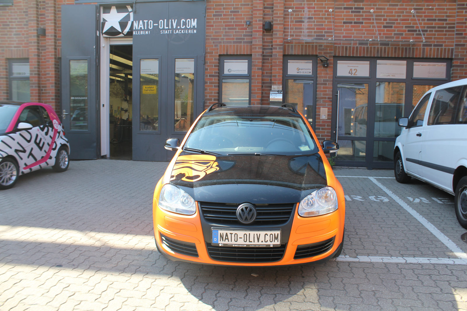 VW_Golf5_Variant_Folierung_Orange_Matt_09