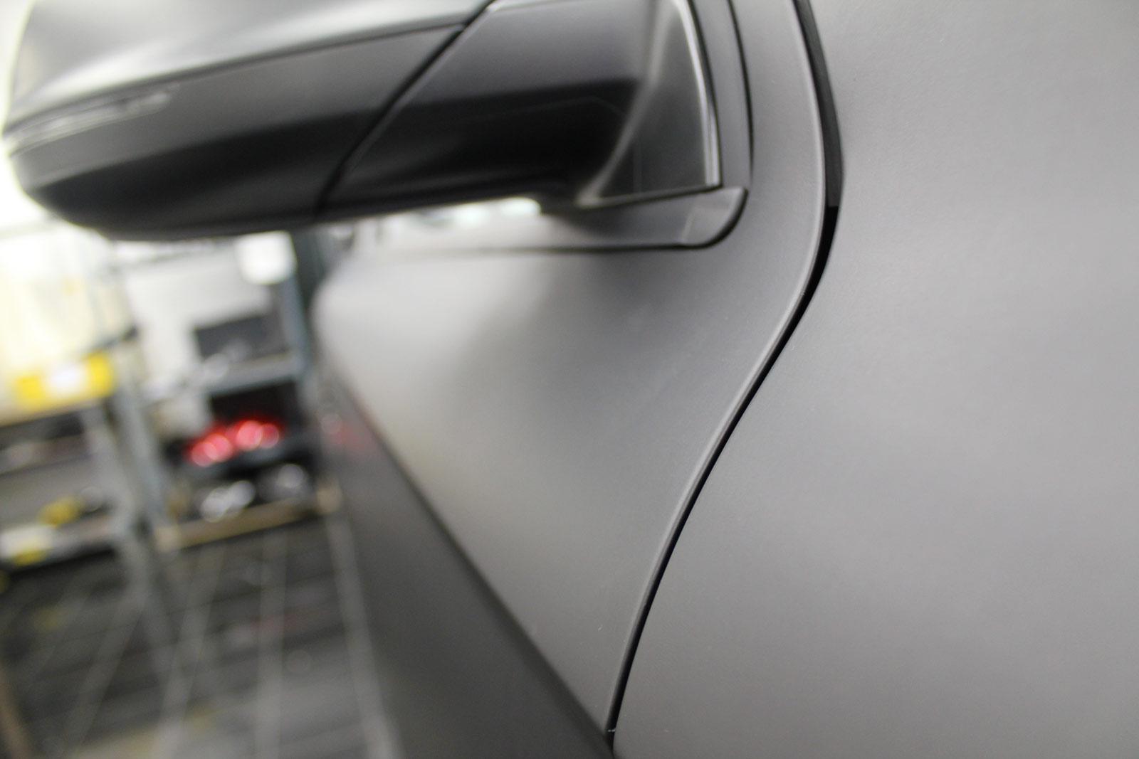 Audi_Q7_Folienbeklebung_Schwarz_Ultramatt_06