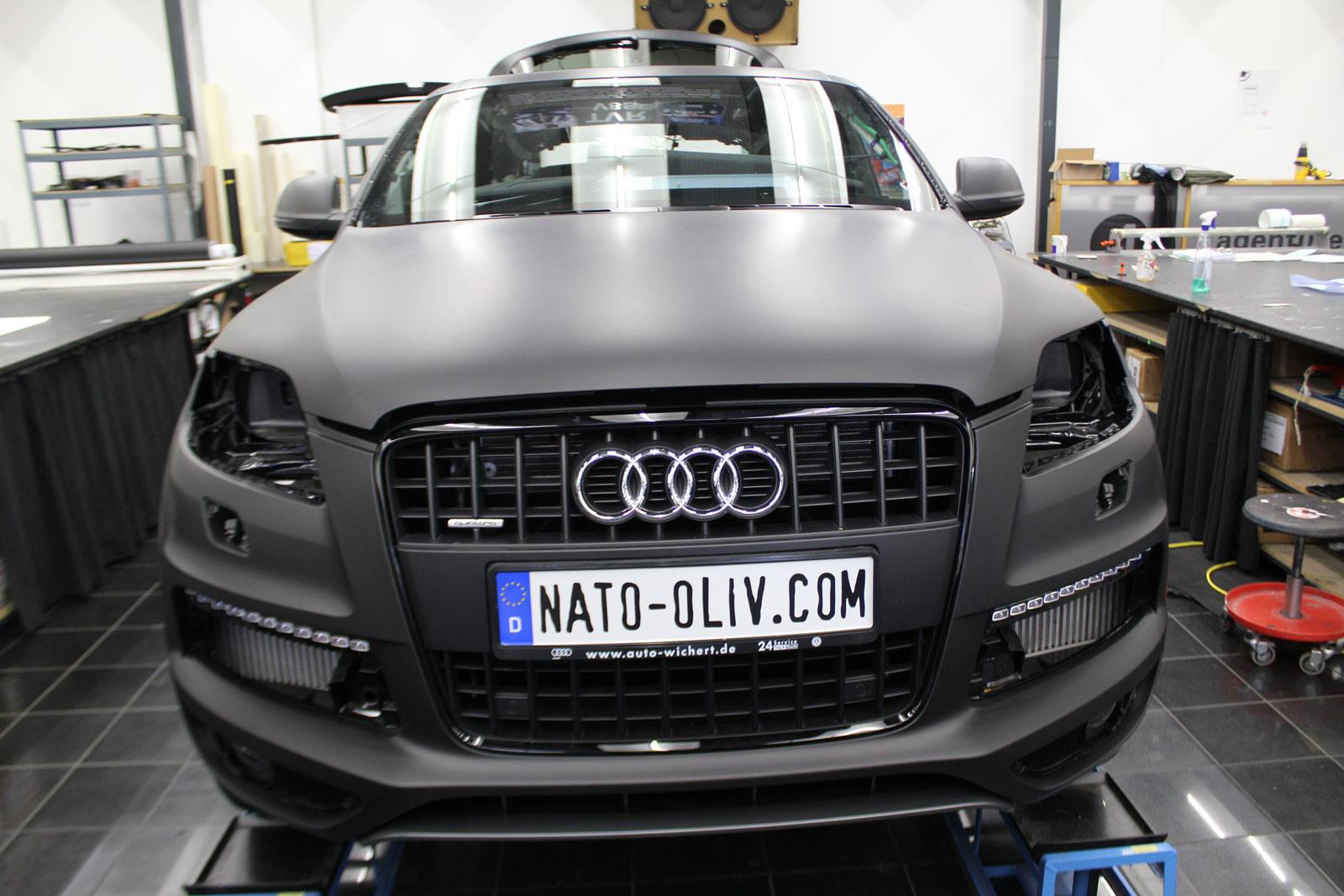 Audi_Q7_Folienbeklebung_Schwarz_Ultramatt_07