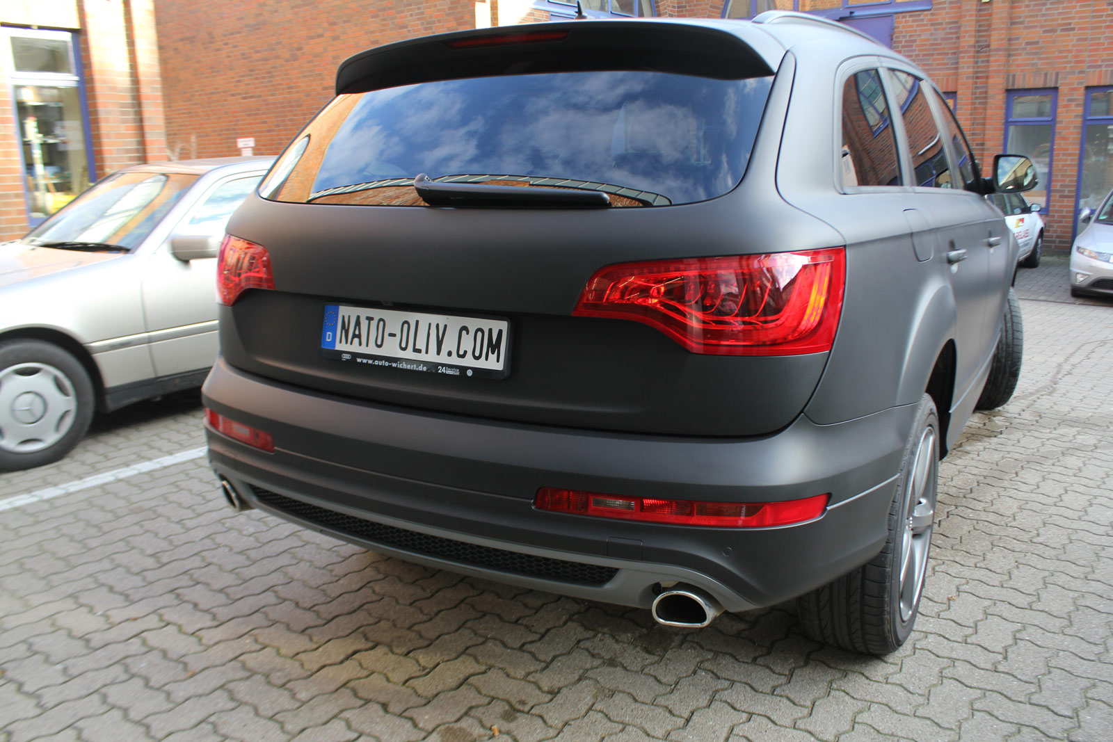 Audi_Q7_Folienbeklebung_Schwarz_Ultramatt_09