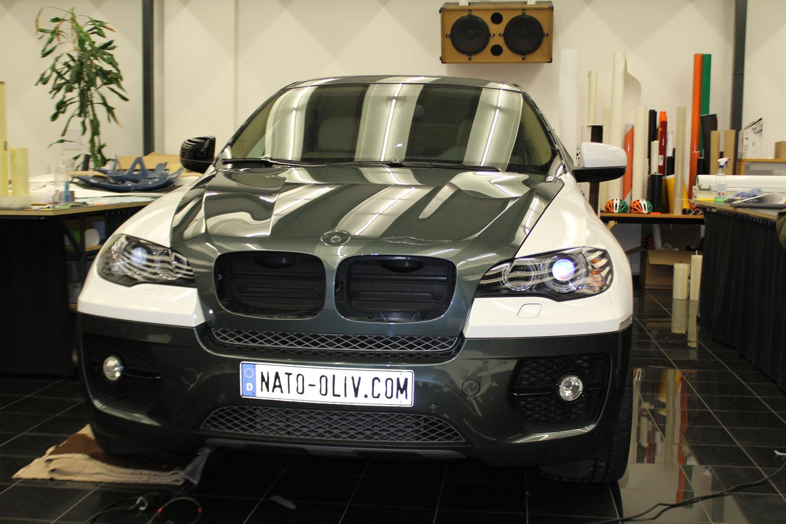 BMW_X6_FOLIERUNG_WEISS_GLANZ_PLUS_CARBON_01