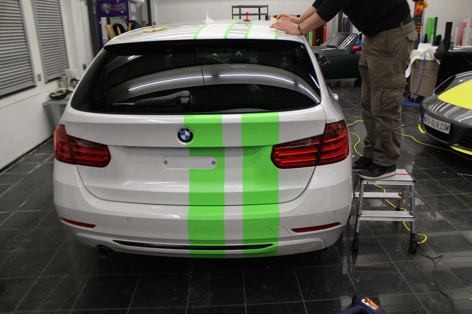 BMW_3ER_RALLYESTREIFEN_WEISS_GRUEN_MATT_MIT_BRANDING_04