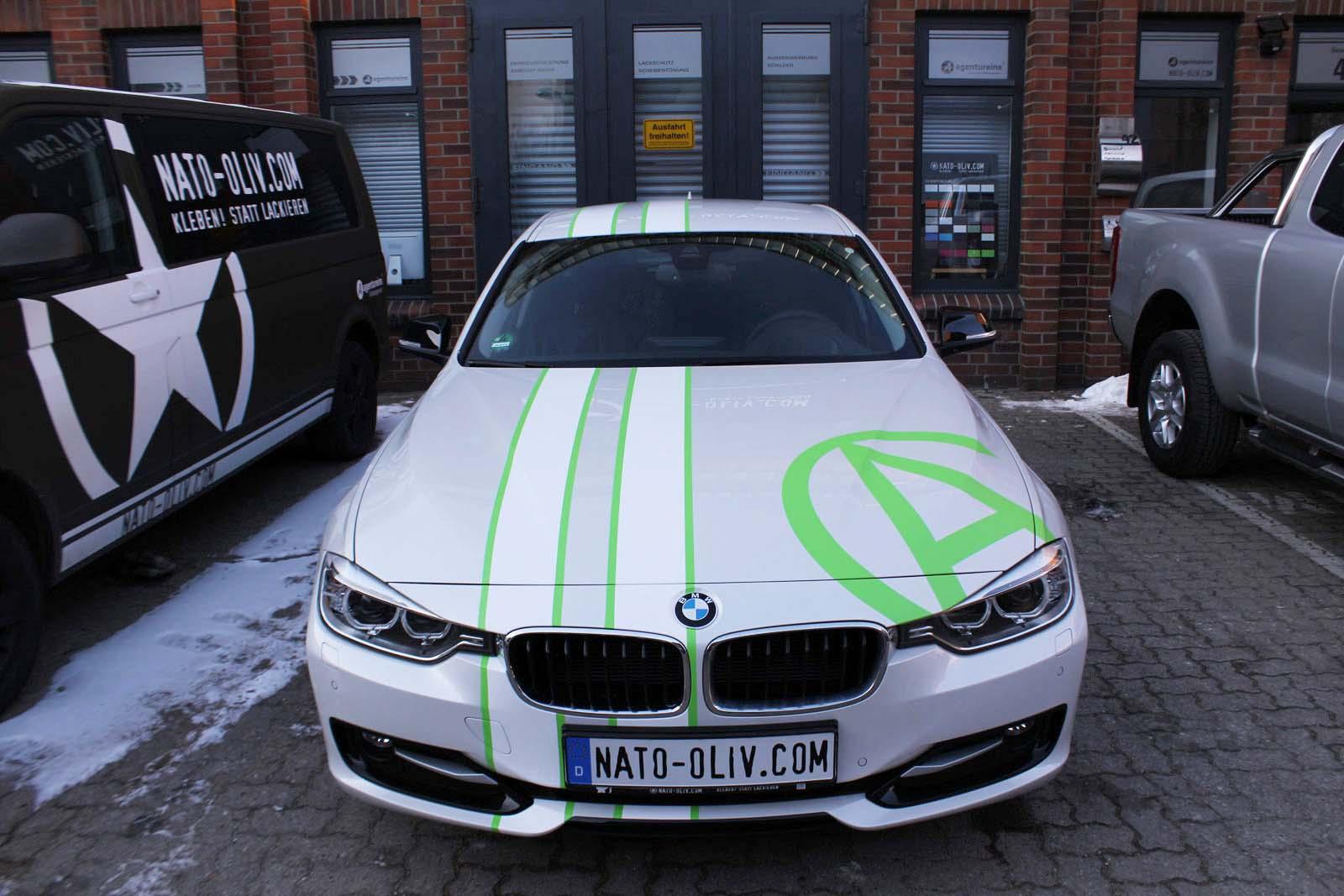 BMW_3ER_RALLYESTREIFEN_WEISS_GRUEN_MATT_MIT_BRANDING_16