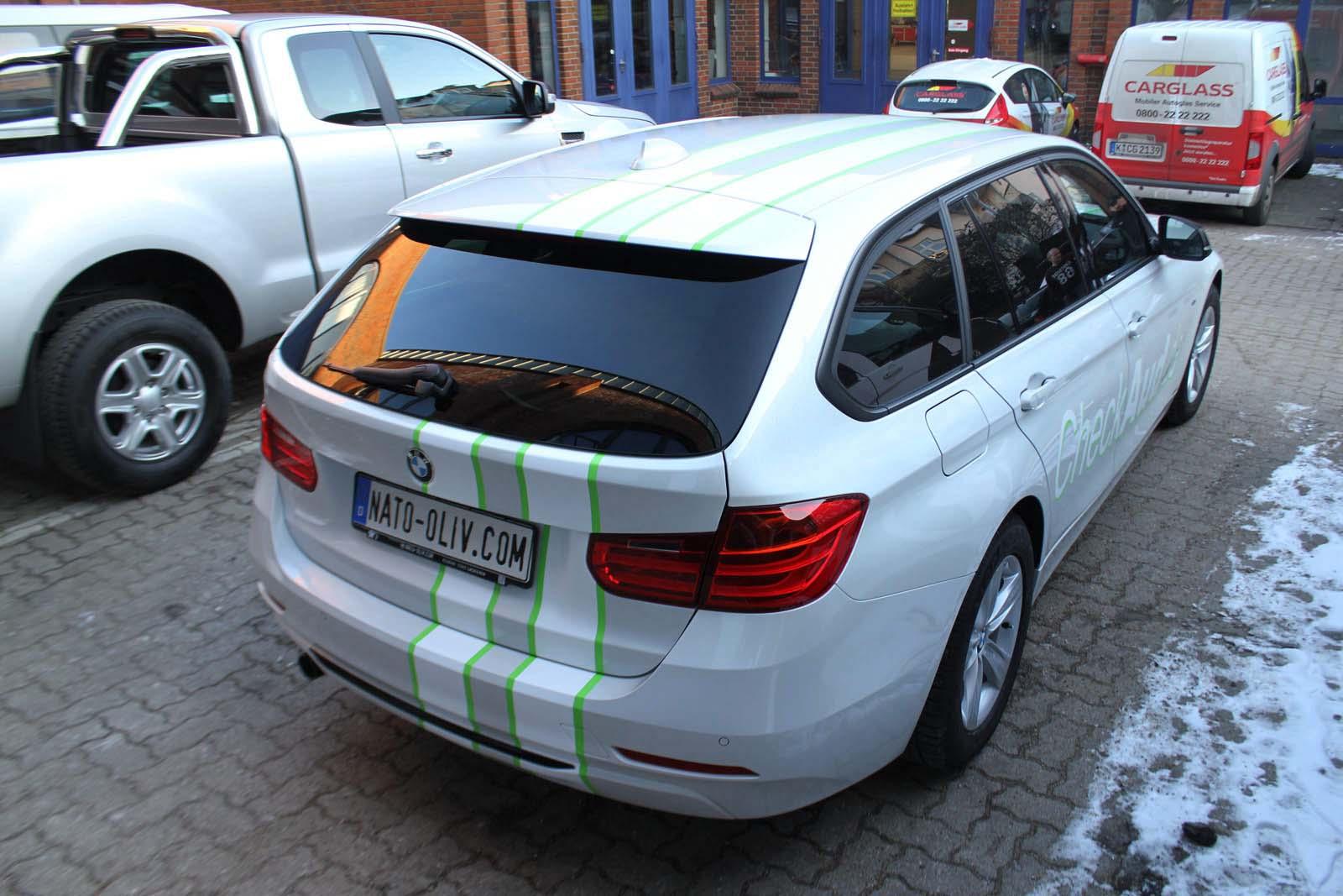 BMW_3ER_RALLYESTREIFEN_WEISS_GRUEN_MATT_MIT_BRANDING_18