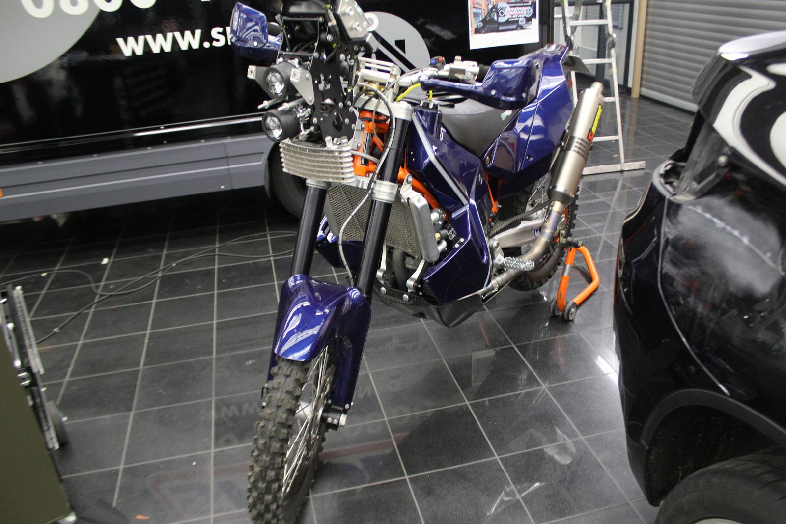 REDBULL_KTM_MOTORRAD_FOLIERUNG_08