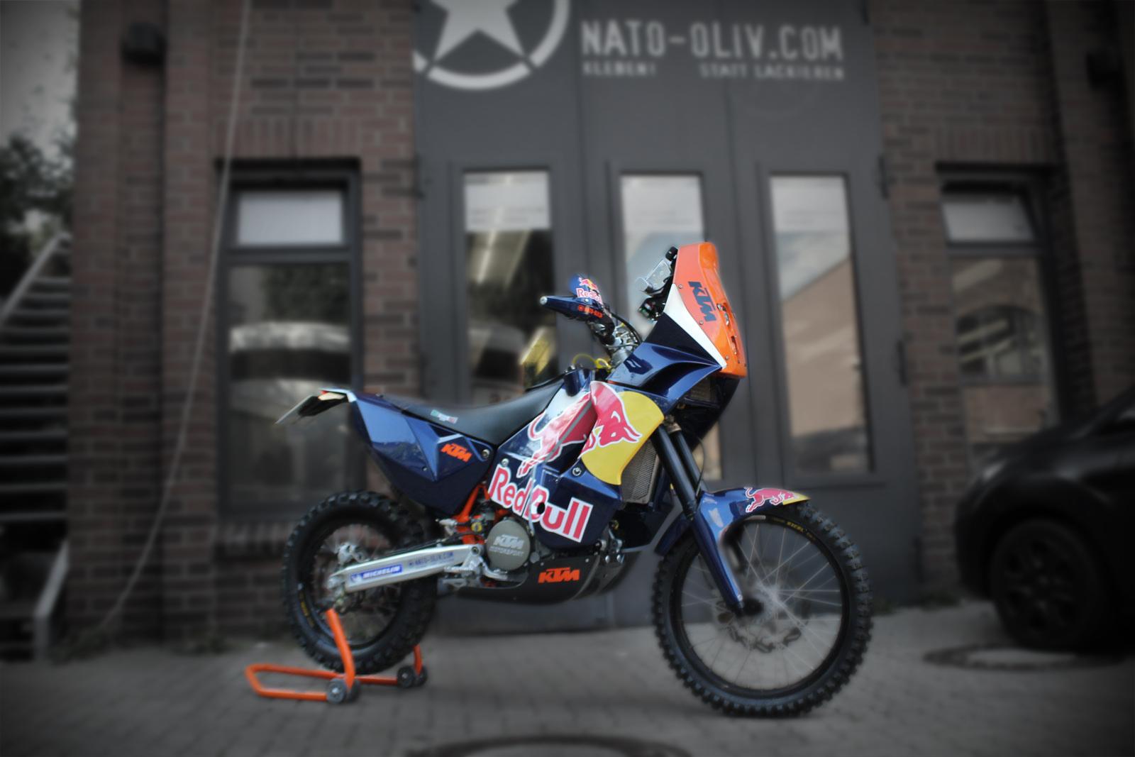 Dieses KTM Motorrad wurde von uns gebrandet und Teile wurden in orange foliert.