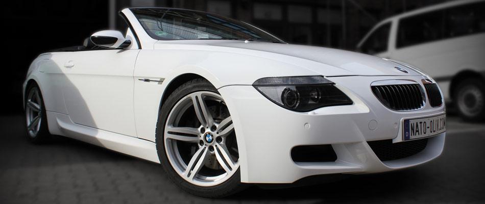 BMW M6 Folierung komplett in warm weiß.