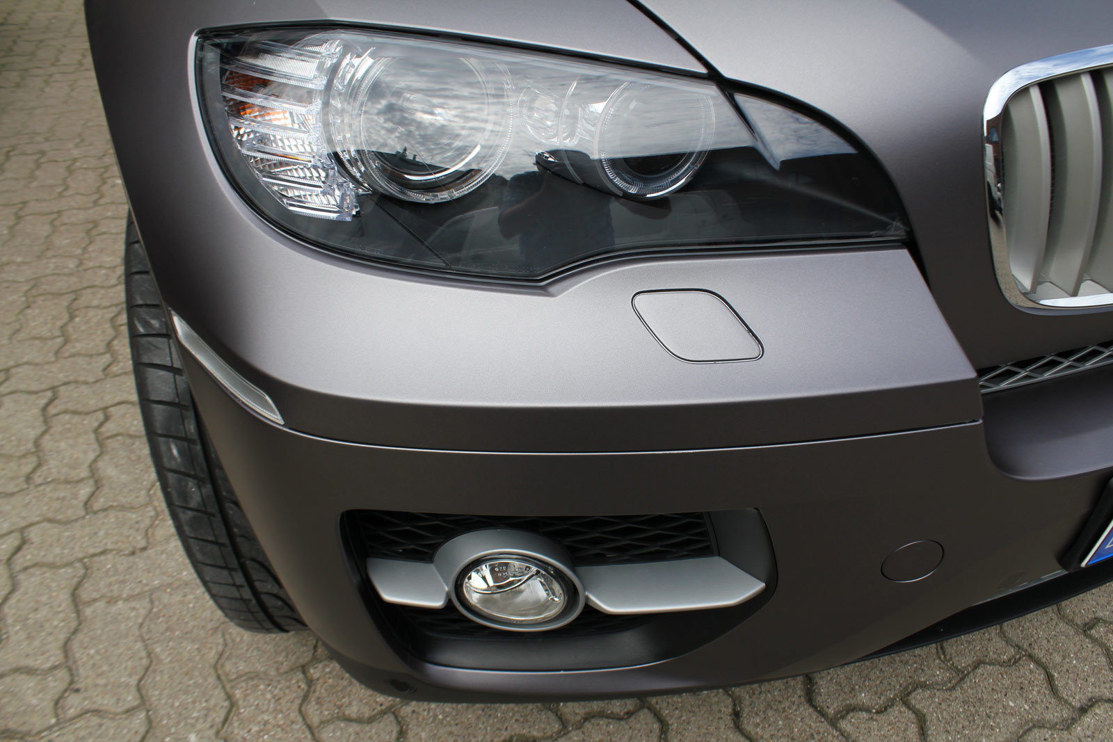 BMW_X6_Folierung_Anthrazit_Metallic_Matt_07