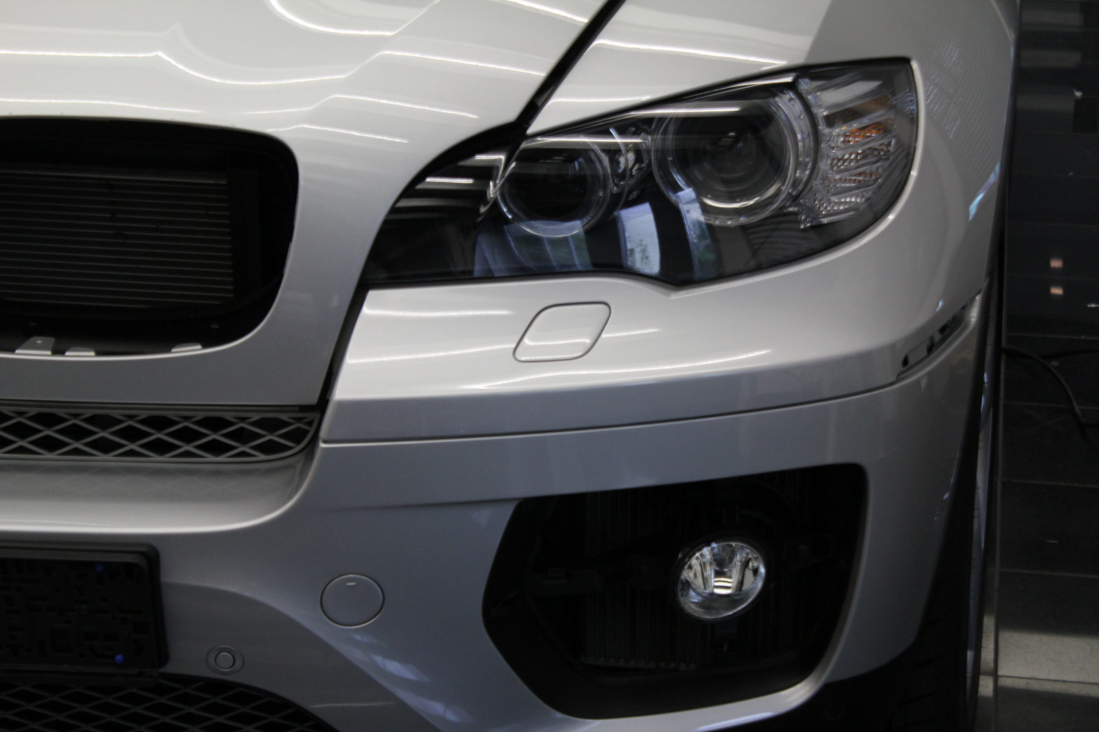 BMW_X6_Folierung_Anthrazit_Metallic_Matt_10