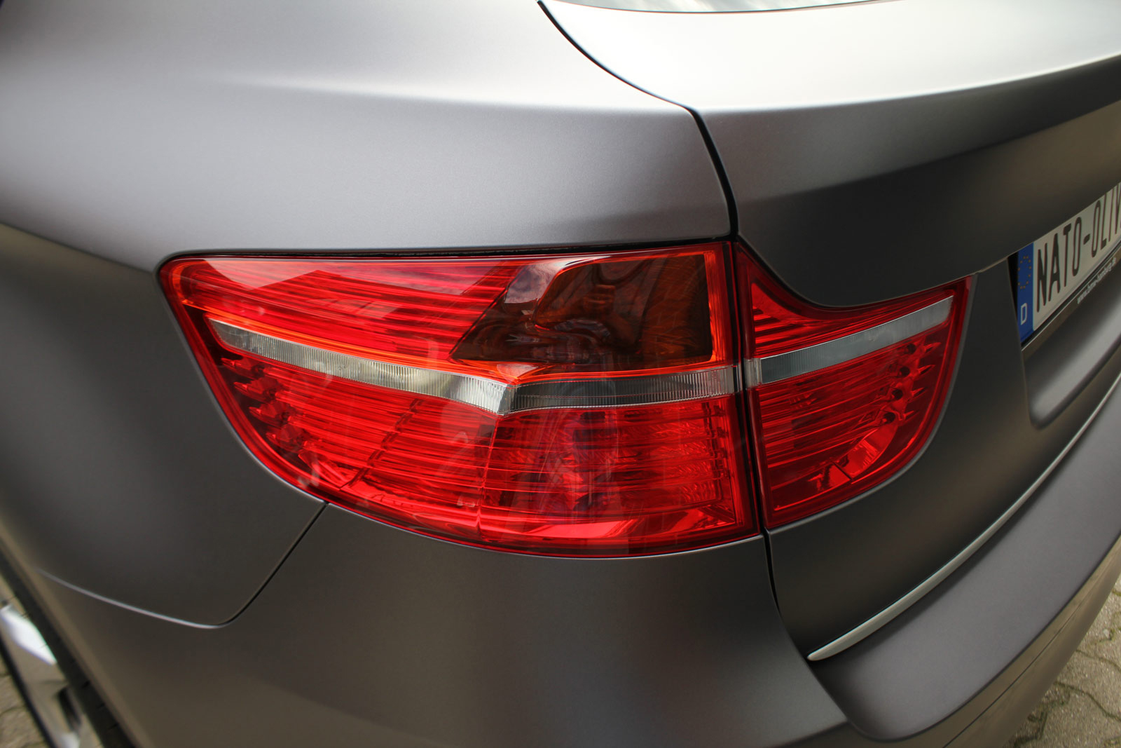 BMW_X6_Folierung_Anthrazit_Metallic_Matt_12